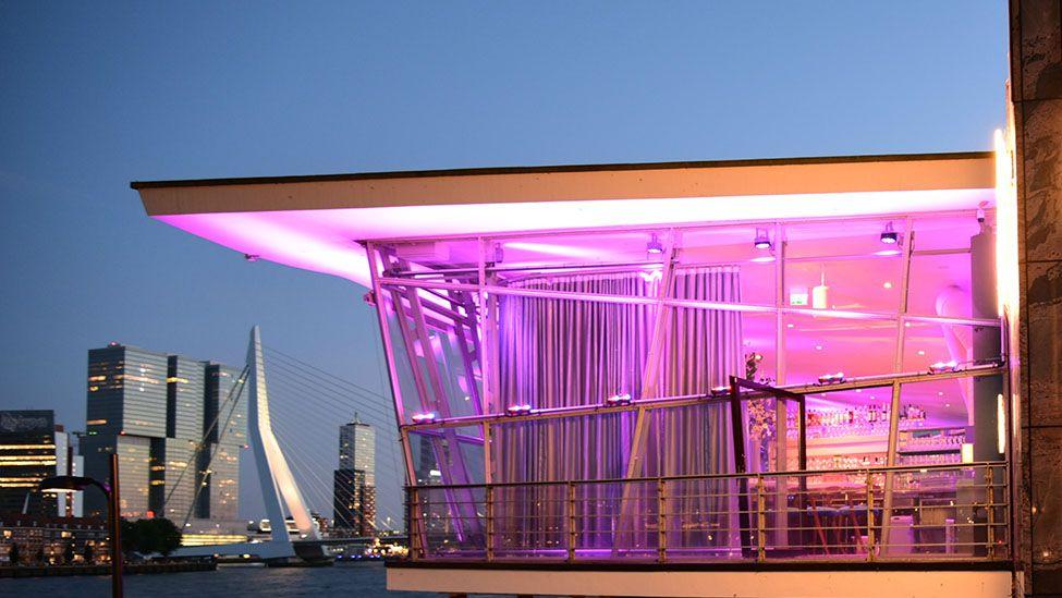 Bijzondere uitvaartlocatie in Rotterdam? | uitvaartbegeleiding Buitengewoonafscheid