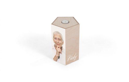 Houten urn van kistenmaker Beerenberg | Buitengewoonafscheid