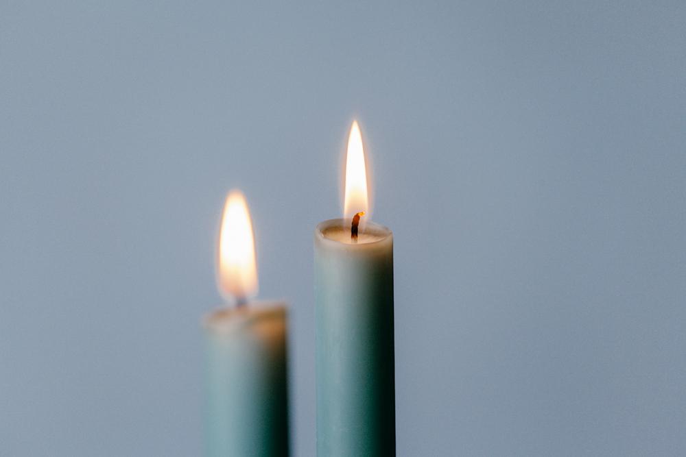 Kaarsen, afscheid nemen een kaars branden voor een dierbare