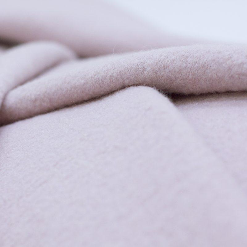 Toegedekt worden met een wolle deken na overlijden? Begrafenisonderneming Buitengewoon Afscheid